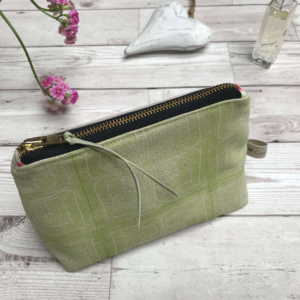 Cushie Doo - Green Cosmetic Purse (1)
