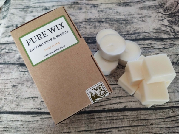 English Pear And Freesia Soy Wax Melts and Tealights (1)