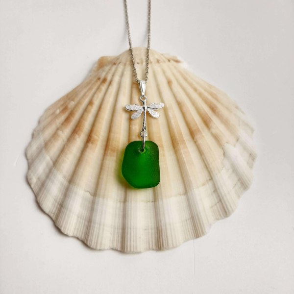 Kelly Green Necklace 1 (1)