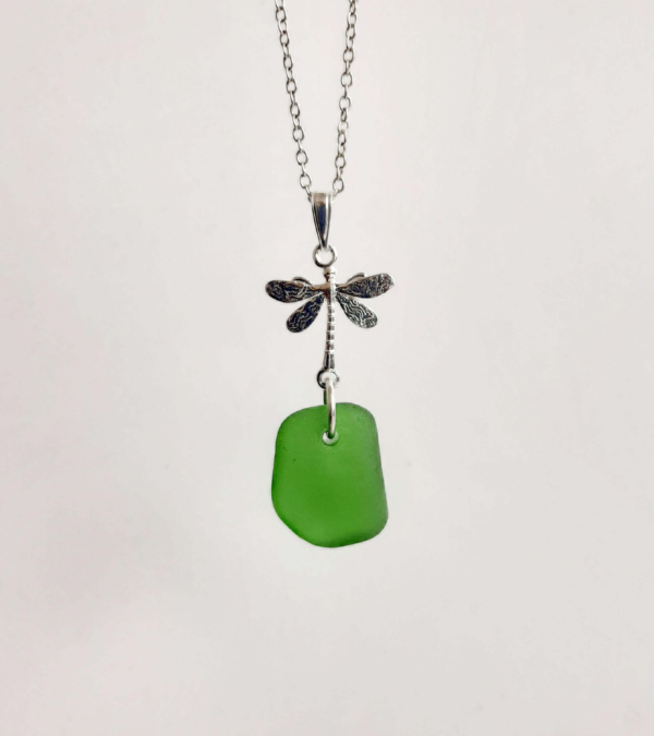 Kelly Green Necklace 2 (1)